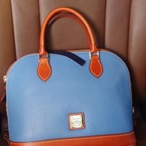 A brand new Dooney & Bourke satchel( pocketbook)